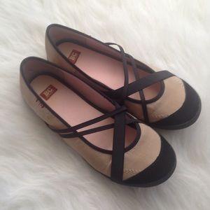 BC footwear ballet flats